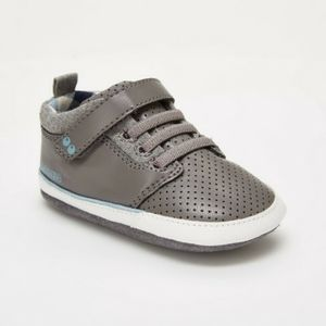 NWT Striderite infant shoes